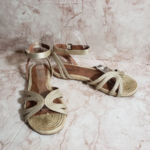 Lucky Brand espadrilles ankle strap sandals 6